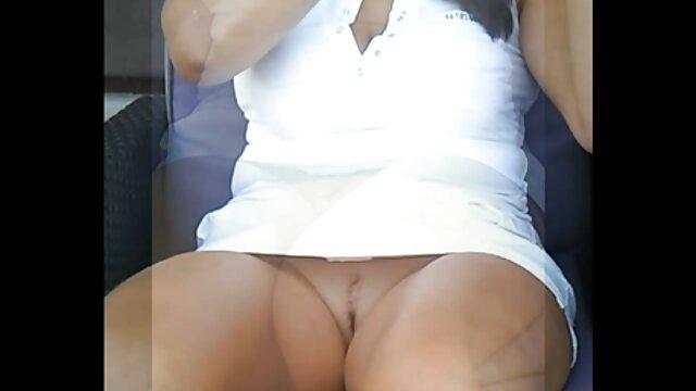 Primo anale Gape sfida DP video porno amatoriali con trans e Fisting per studentessa